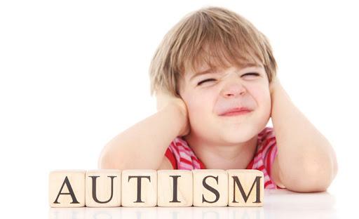 Аутизм не з'являється внаслідок вакцинації, неправильного виховання чи певної хвороби