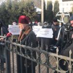 У Рівному на Словацького примусово виселяють церкву (ФОТО)