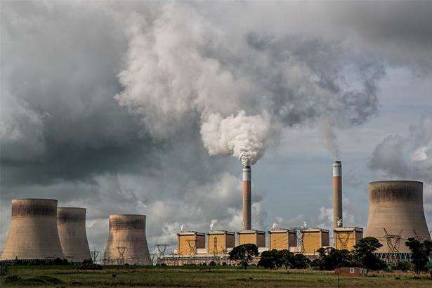 Українці зможуть поскаржитися на збруднення повітря через SaveEcoBot