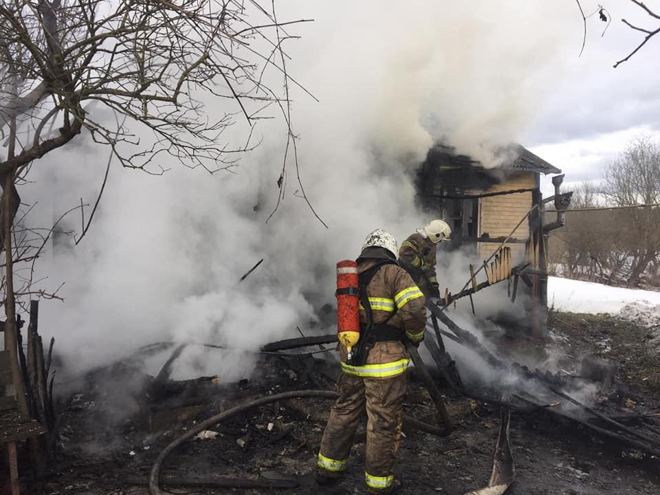 Пожежа на Рівненщині: під час пожежі знайшли мертвого пенсіонера