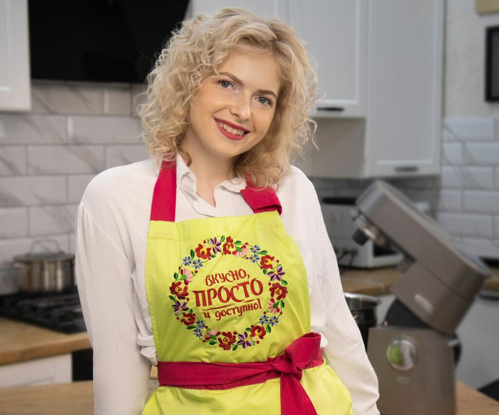Рівнянка, яка веде кулінарний блог, має більше ніж 2 мільйони підписників на Youtube