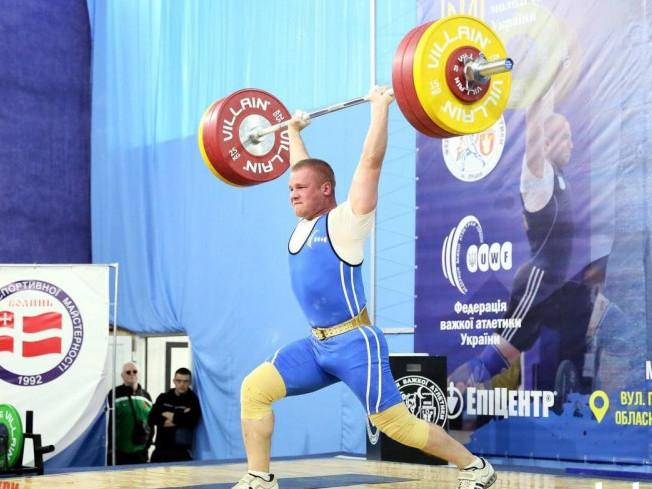 Судовий охоронник з Рівного посів четверте місце на Кубку України з важкої атлетики
