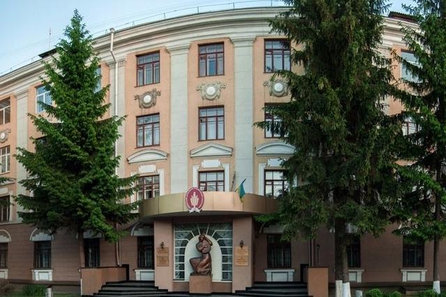 500 гривень на вікна: чи збирають в РДГУ гроші з студентів