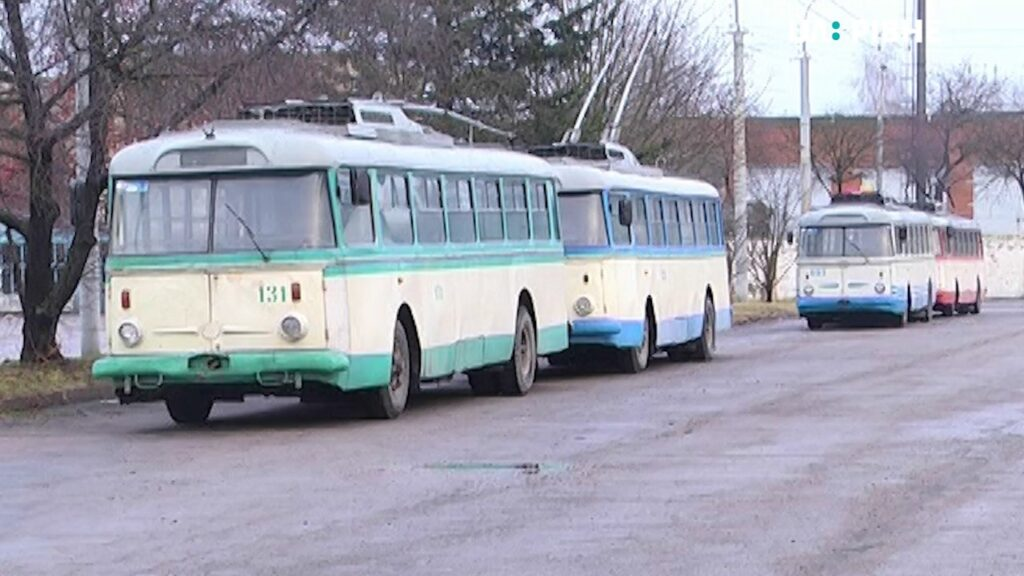 У Рівному продають старі тролейбуси