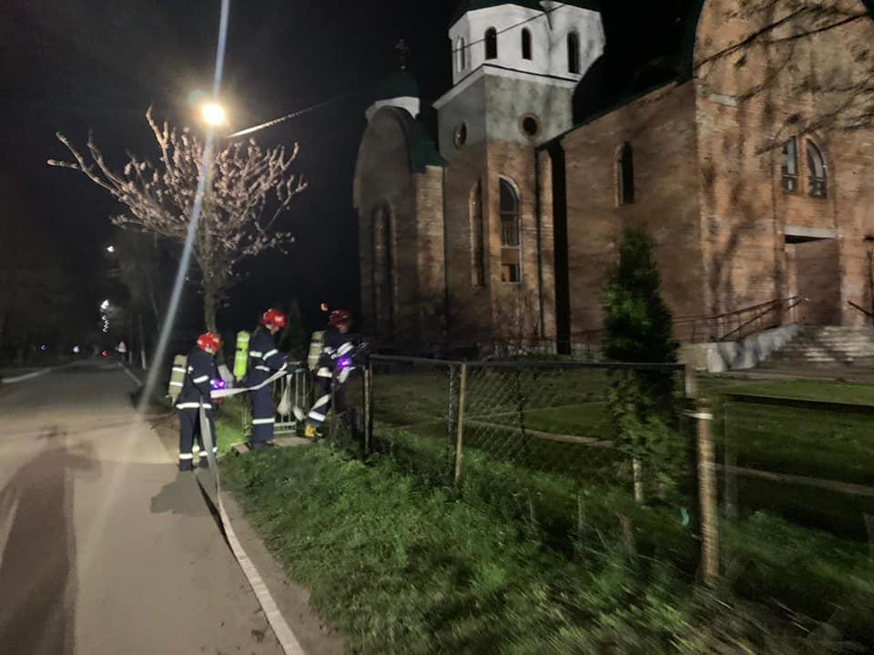 У Гощі рятувальники гасили умовну пожежу у храмі