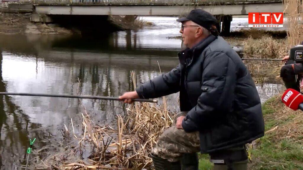 На Рівненщині триває нерест риби – дозволена лише любительська риболовля (ВІДЕО)