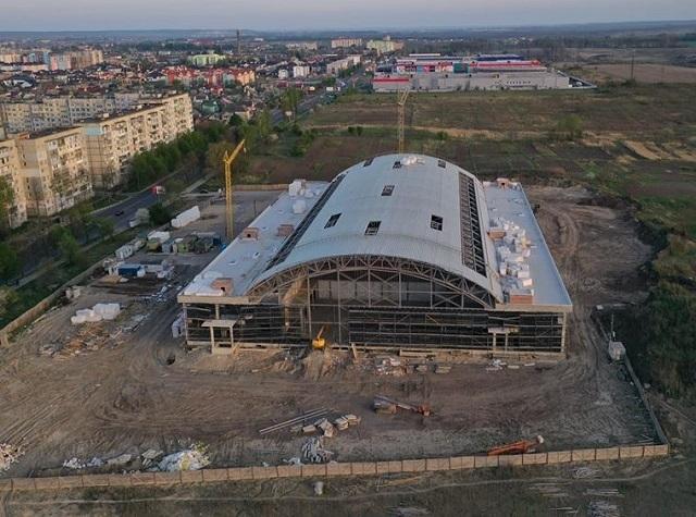 Замість спорткомплексу на Макарова будуватимуть у Костополі, Здолбунові та Дубно