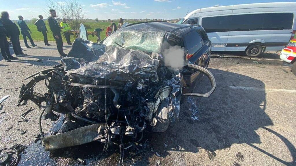 Смертельна ДТП біля Рівного: загинули водій та немовля
