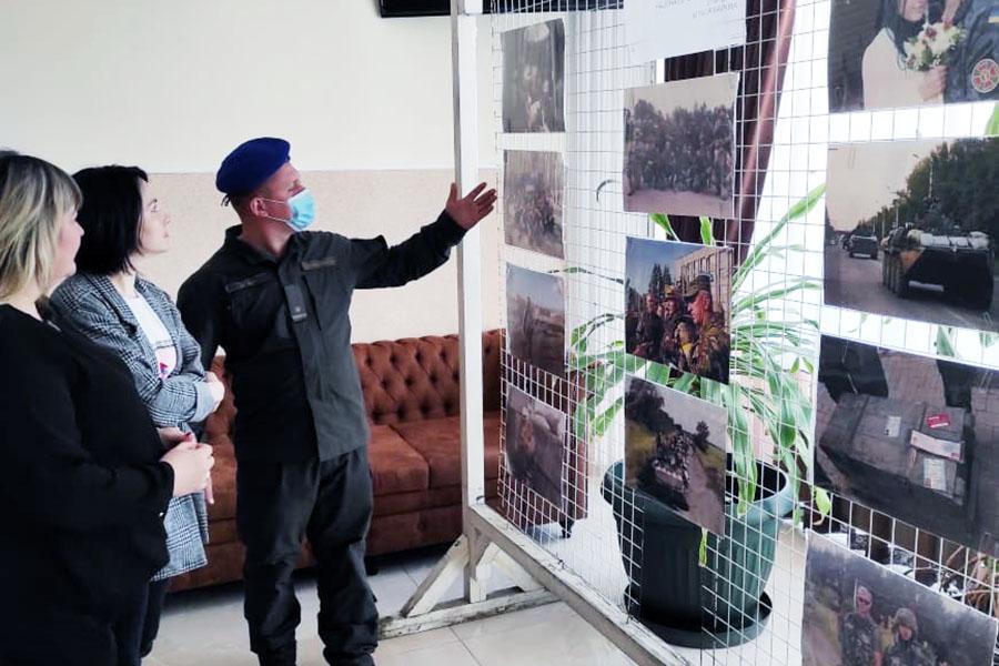 У Рівному відкрилась виставка світлин нацгвардійця Марківа