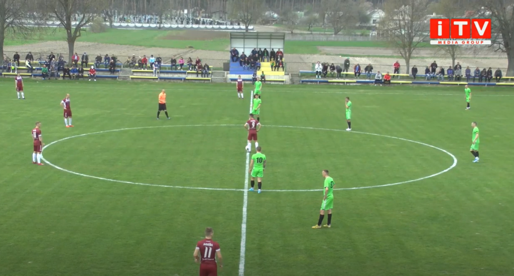Футбольні команди Рівненщини провели матчі у всеукраїнських та обласних змаганнях (ВІДЕО)