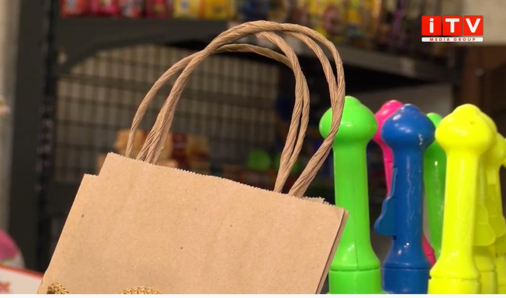 Заборона пластикових пакетів: чи підтримують ініціативу рівняни (ВІДЕО)
