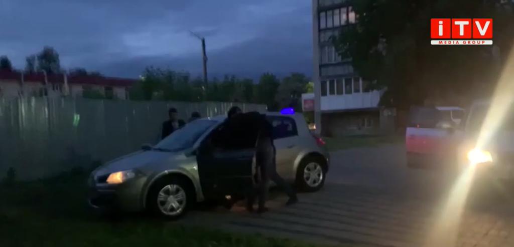 «Пікантний» бізнес: у Луцьку акушер-гінеколог виявився сутенером зі стажем (ВІДЕО)