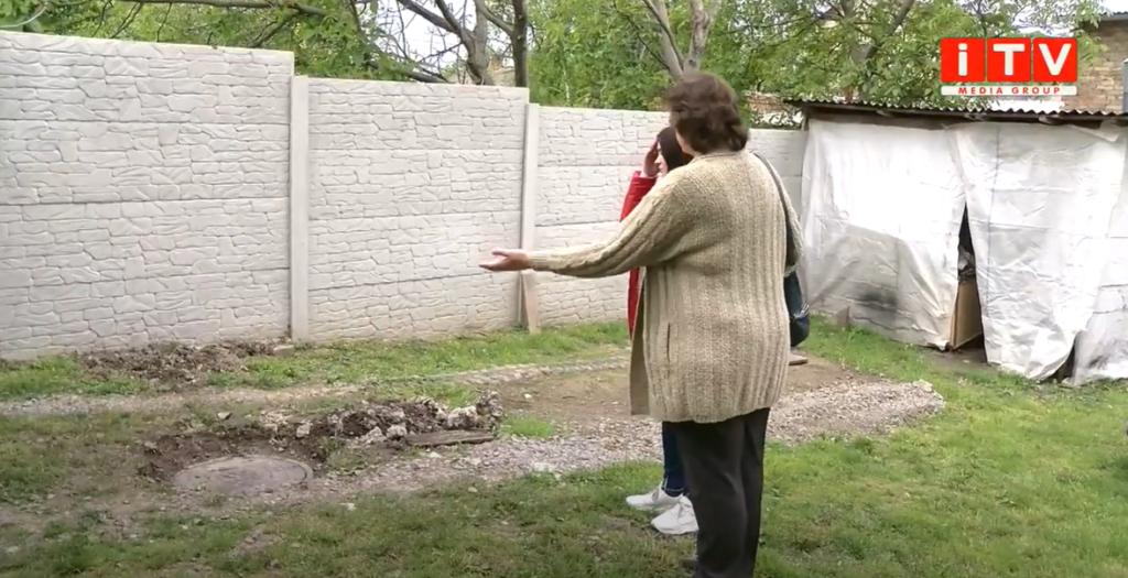 Небезпечне сусідство: жителі Квасилова скаржаться на забій свиней (ВІДЕО)